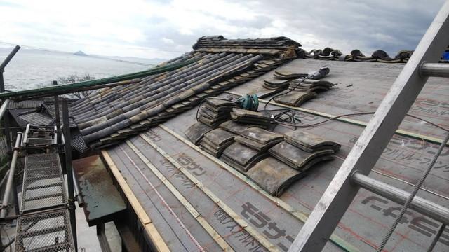 漆の家の屋根修理3